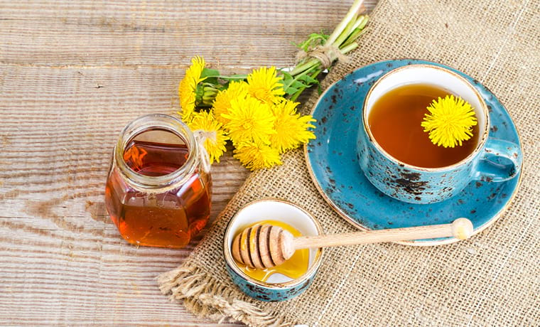 Чай с медом и одуванчиком