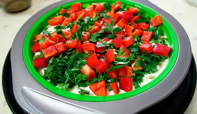 посыпаем овощами