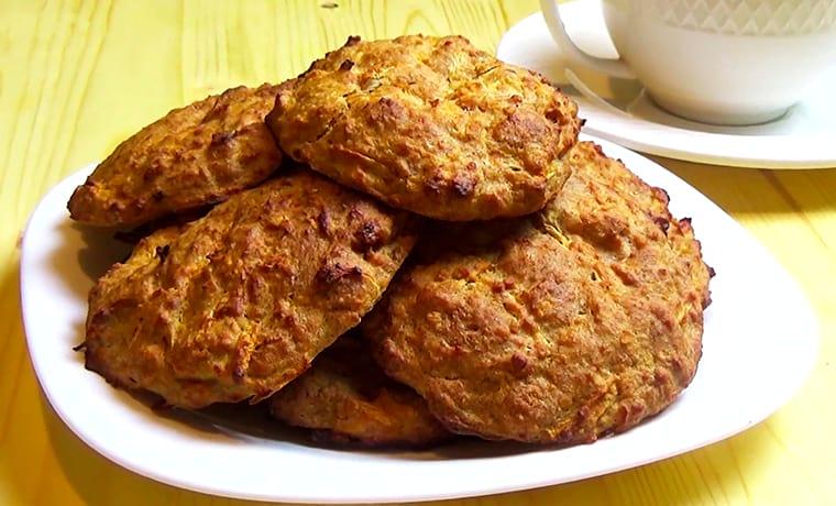 Диетическое творожное печенье с яблоками