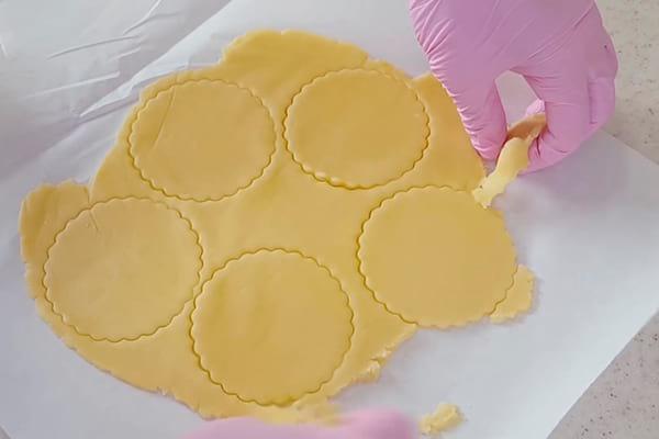 нарезаем печеньки