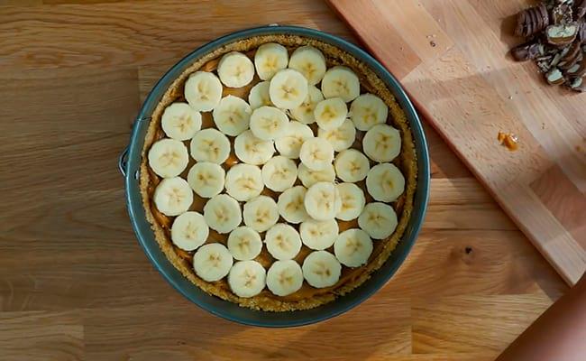 Распределить кусочки банана