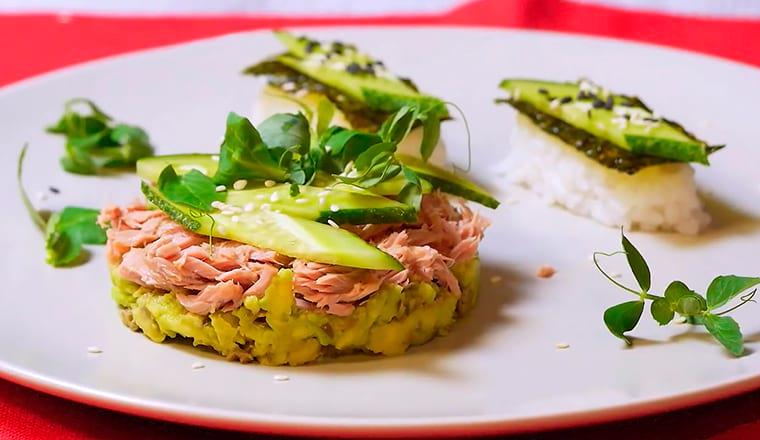 Рецепт с авокадо, огурцом и каперсами