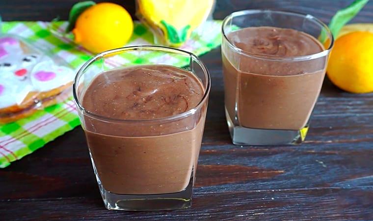 Фруктово-шоколадный смузи