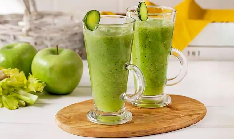 Смузи с сельдереем и зеленым яблоком