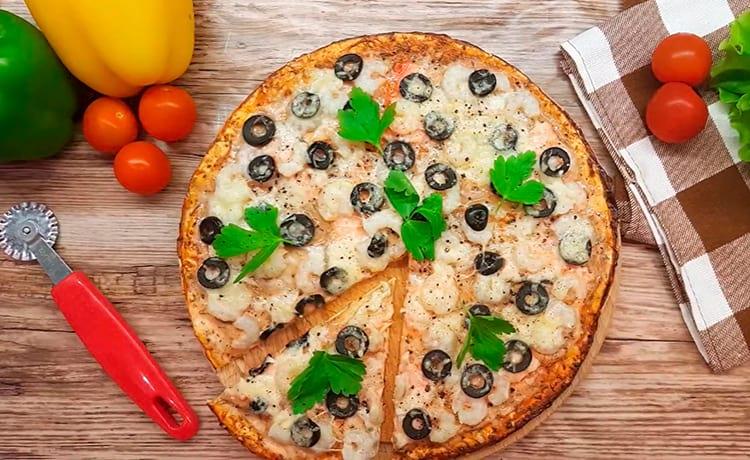 Пицца с морепродуктами из бездрожжевого теста