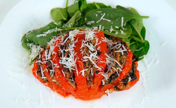 Фаршированные помидоры с грибами и фаршем индейки