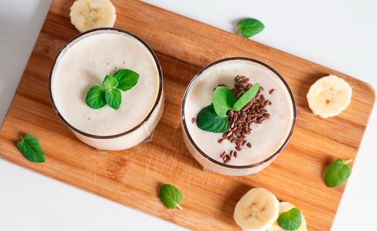 Напиток из кефира и льняных семян